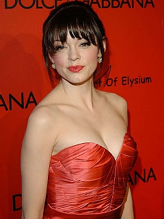 Rose Mcgowen cleavage and looks red hot