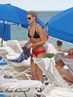 Photo collection of Nikki Ferrell looking hot and fine in a skimpy bikini