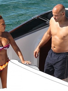 Nice hot gallery of curvy busty Mel B's boating bikini candids