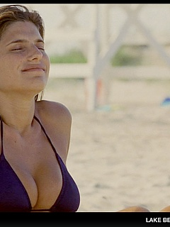 Lake Bell shows her huge tits and looks amazing in underwear